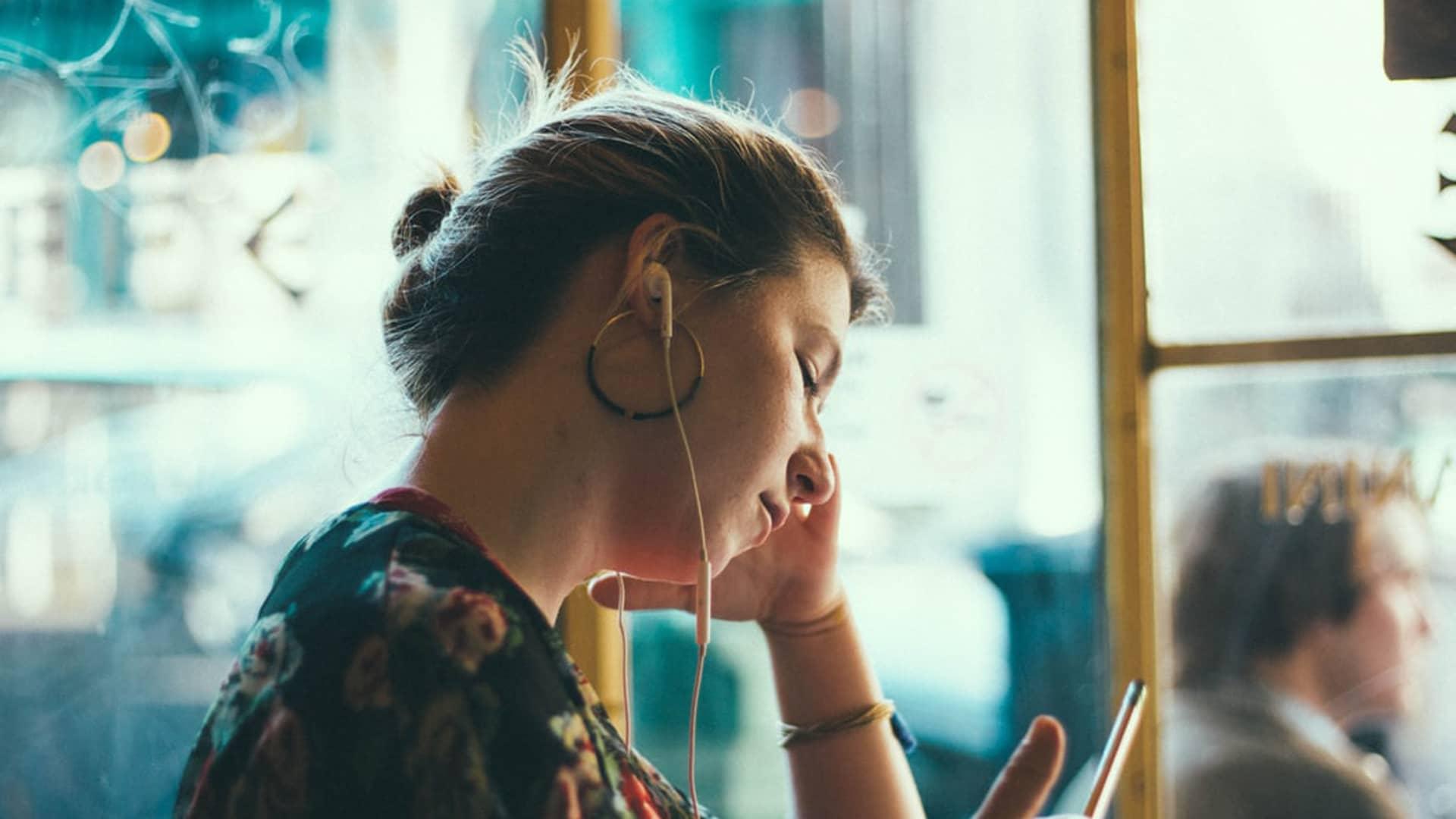 Movistar Música: qué es, precio y cómo desactivarlo