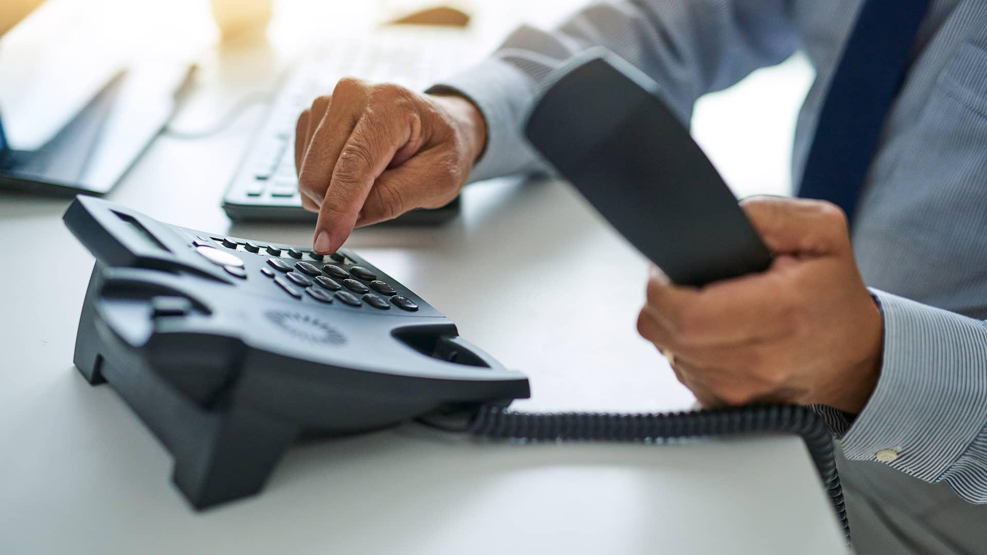 Cuota de línea: ¿qué es, para que sirve y cuál es su precio?