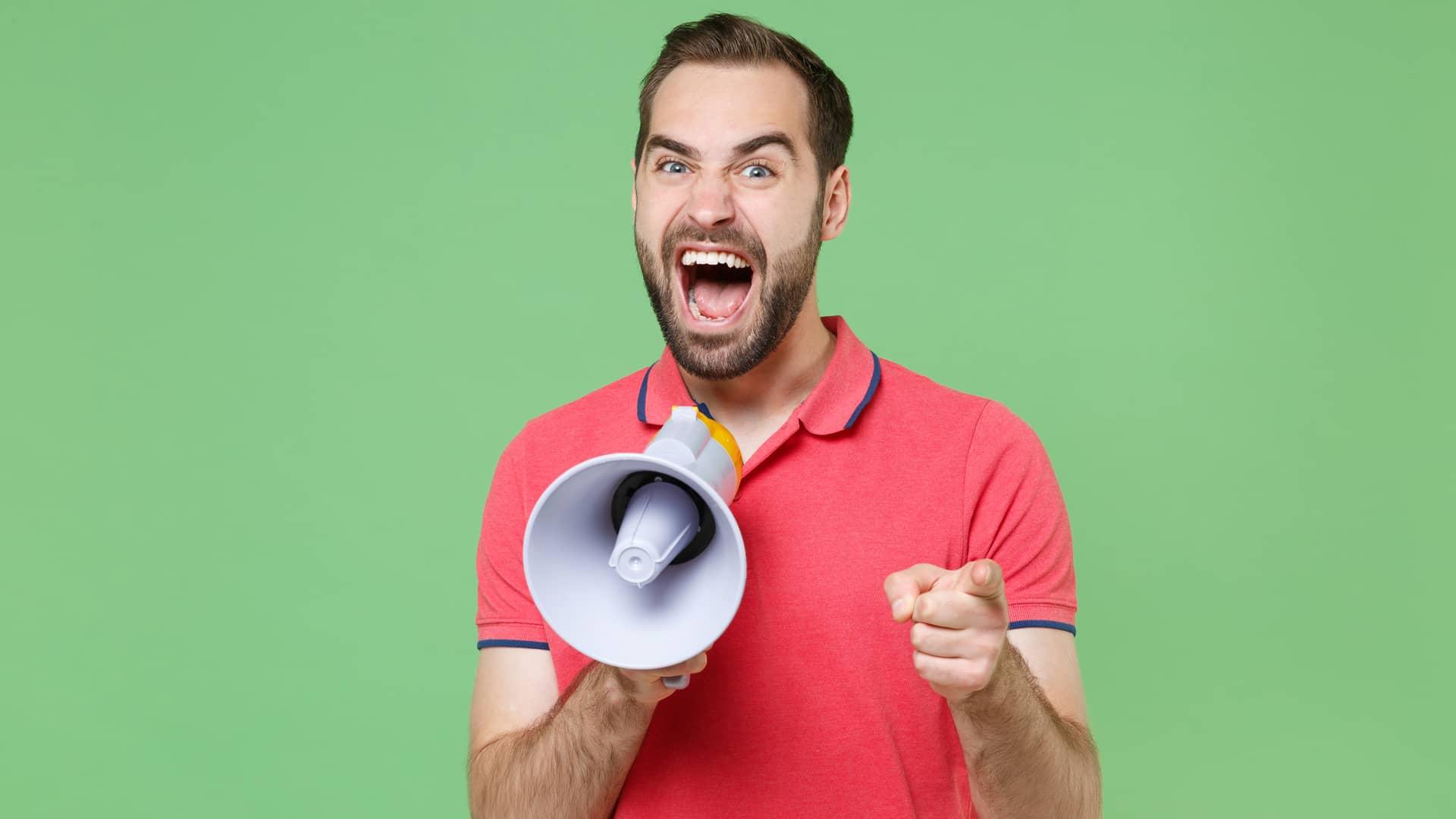 Diferentes iconos simbolizan la opinión sobre guuk