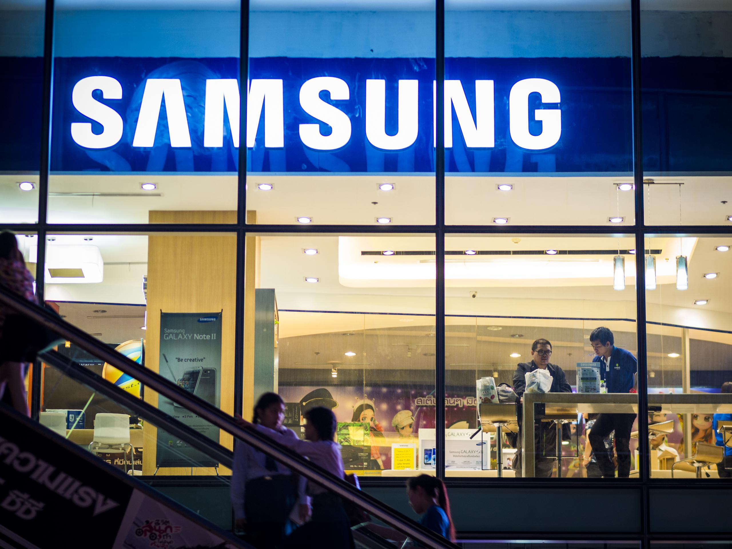 Samsung Galaxy A7 Simyo