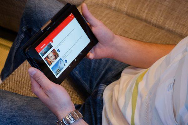 Las mejores apps para ver TV en el móvil