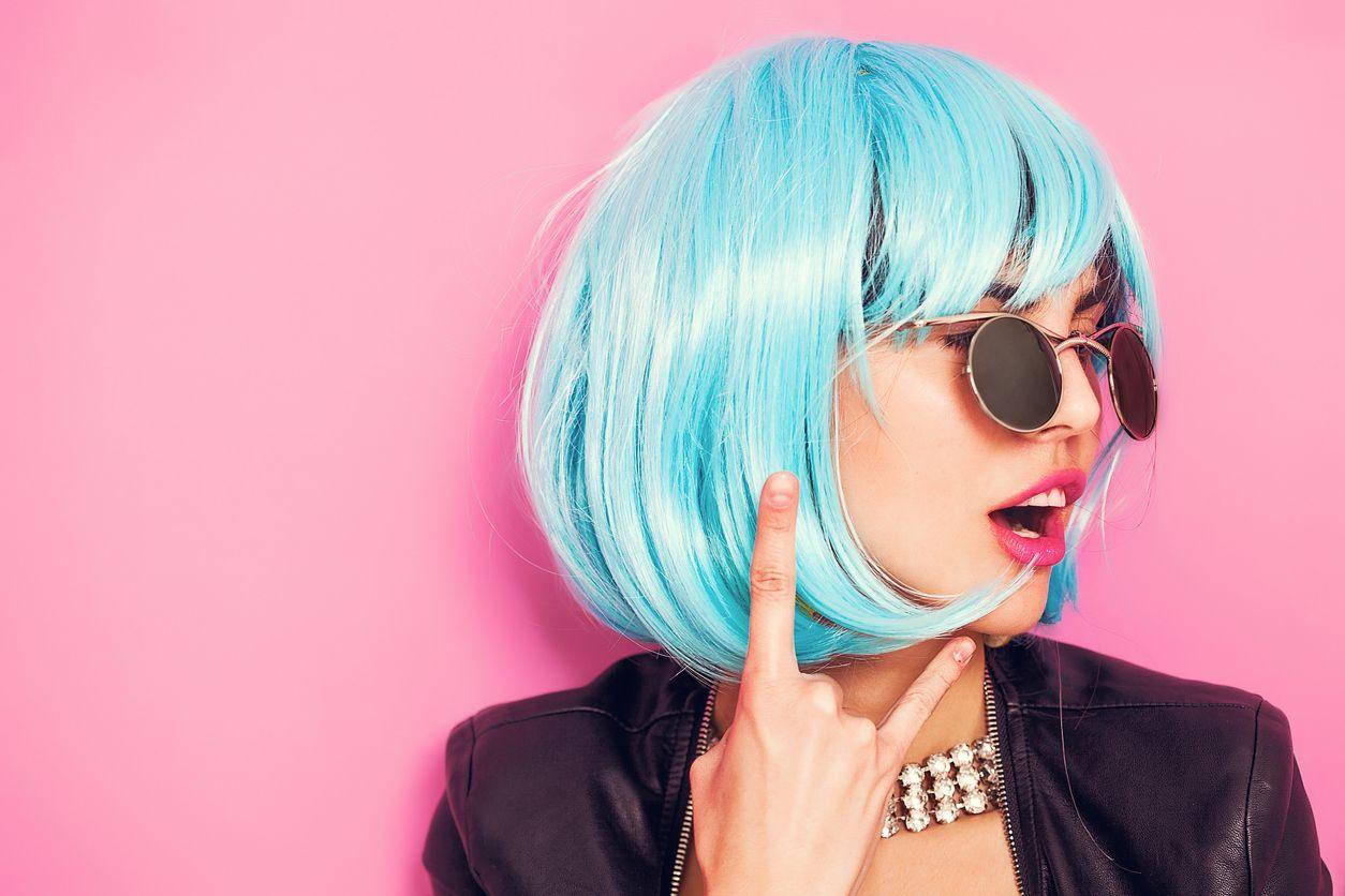 chica con el pelo azul y su opinión sobre Tuenti