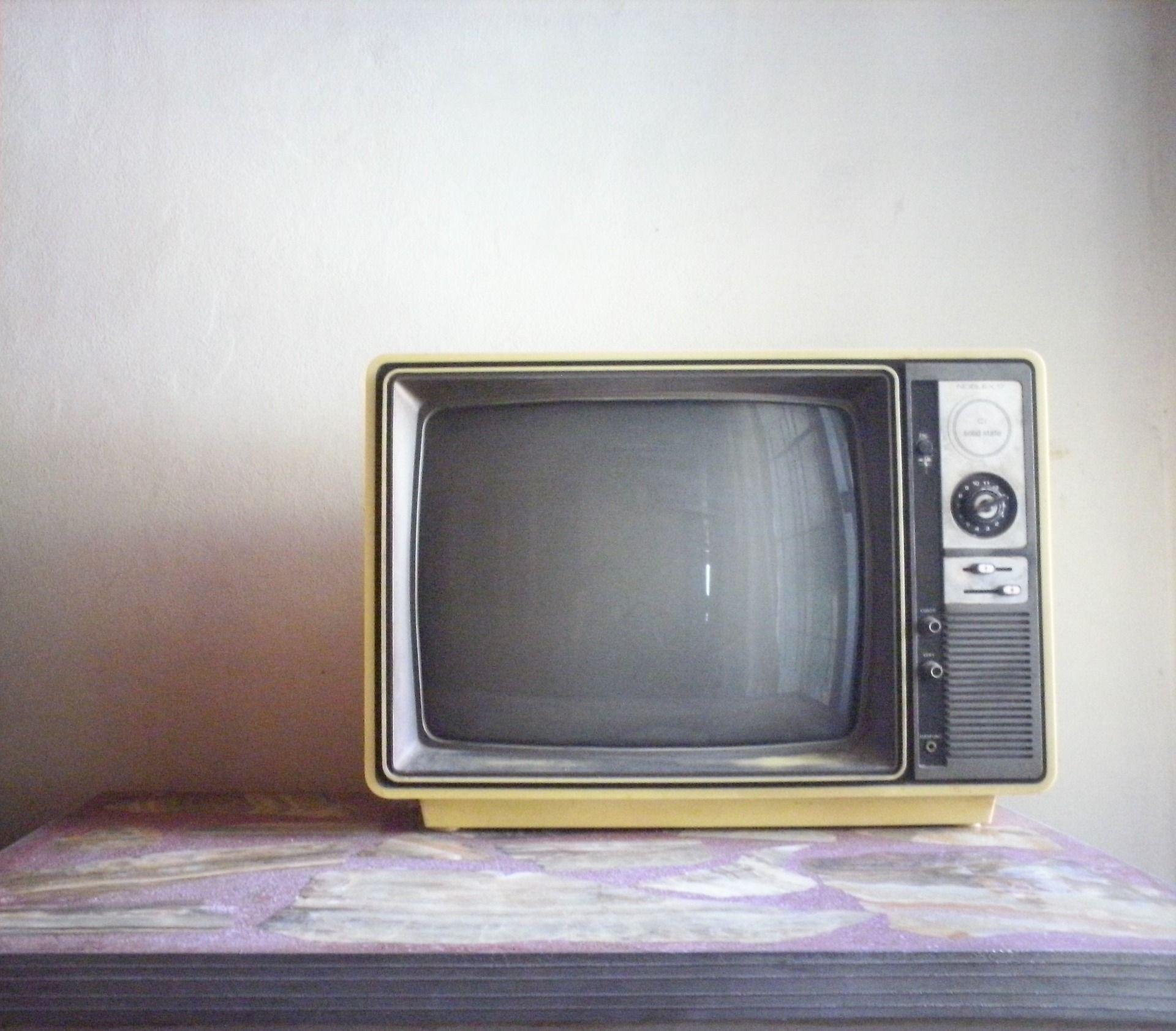 Televisor para utilizar lanzar y ver movistar