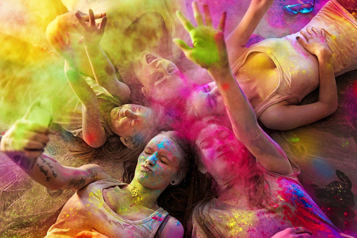 Amigos Amena entre colores