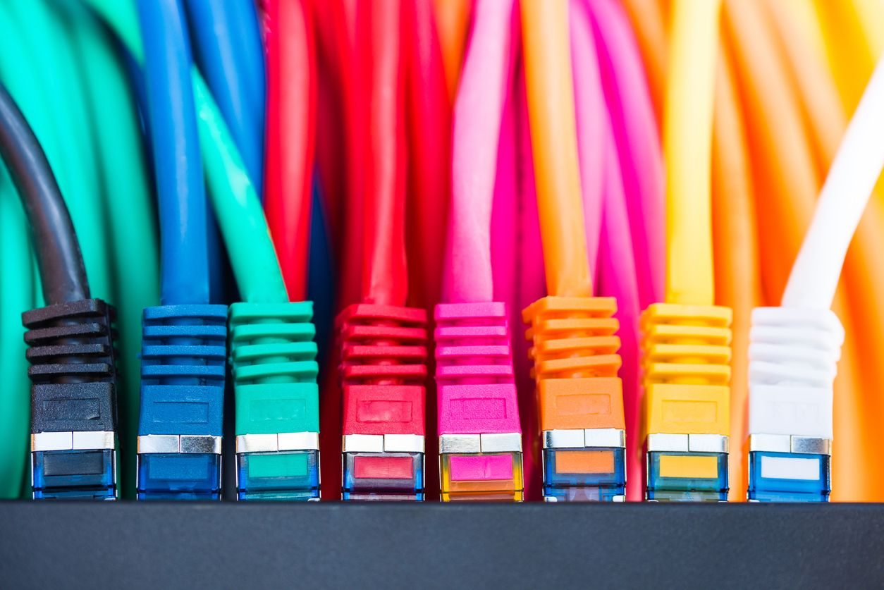 Cables para contratar ADSL y móvil