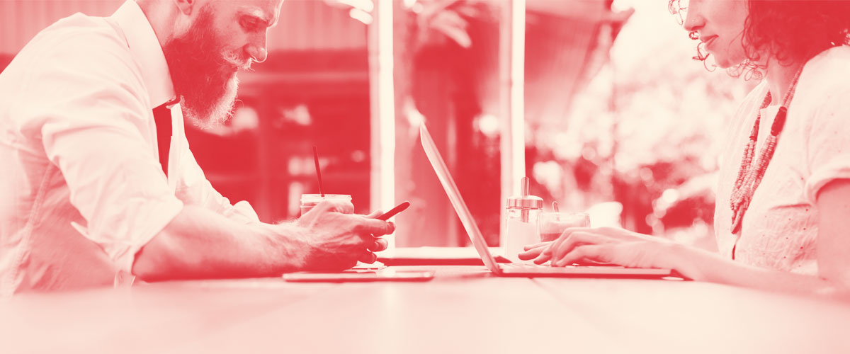 Cómo pedir el cambio de titular en Lowi: teléfono u online